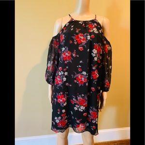 American living cold shoulder dress 🦋🌹🦋🌹🦋